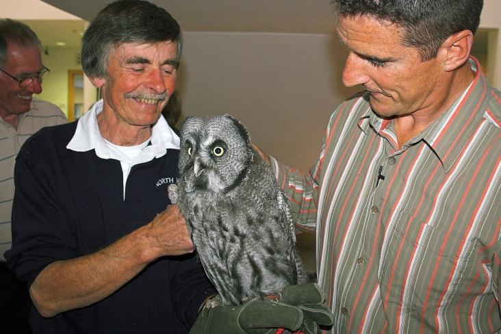 Iolo at Venue CymruBill Iolo the owl and Iolo